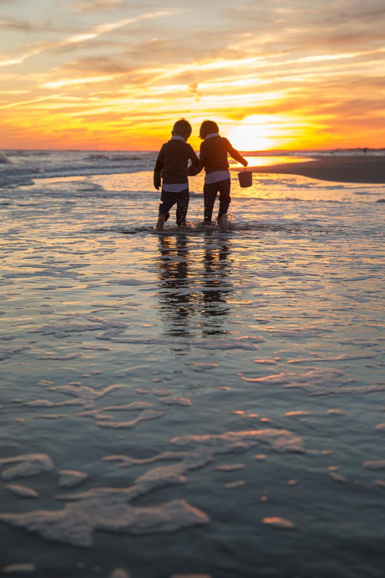 Family Beach Pictures in Emerald Isle by professional photographer Ellen LeRoy
