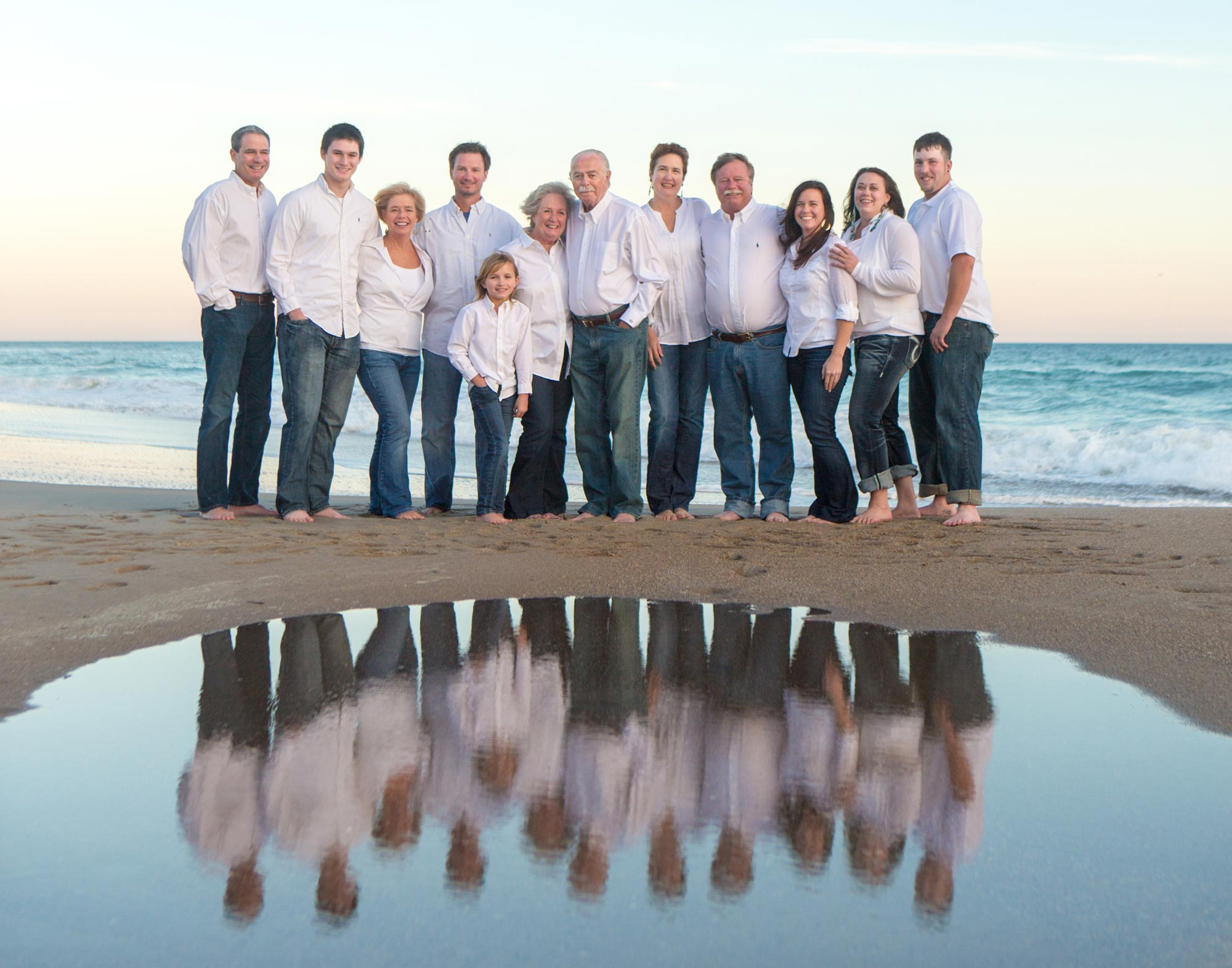 large_family_beach_picture_in_Emerald_Isle