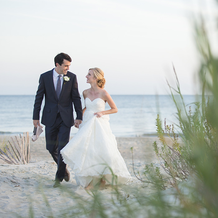 Coral-Bay-Club-wedding-beach
